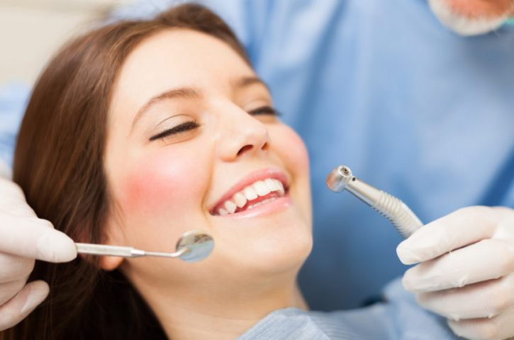 Things you need to consider before choosing dentist